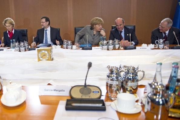 Mesa de trabajo en la cumbre alemana feb13