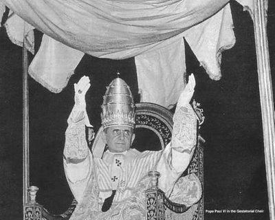 Pablo VI luce la Tiara Papal